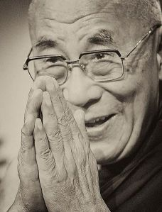 456px-Tenzin_Gyatso_-_14th_Dalai_Lama_(14394636669)