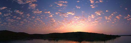 800px-Sunrise_Bodrum_05459_05465