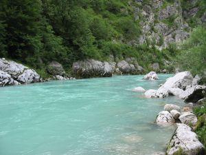 Zum Baden meist zu kalt, ansonsten sehr imponierendes Gewässer