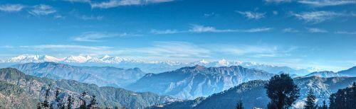 800px-Lohaghat,_Uttarakhand,_India_Himalayan_Range_November_2013