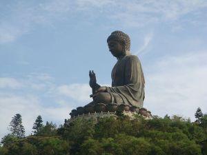 800px-lantau_tian_tan_buddha